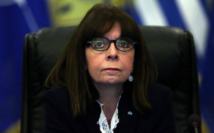 Κορονοϊός: Την αλληλεγγύη της Ελλάδας εξέφρασε στον Ισπανό πρέσβη η Κατερίνα Σακελλαροπούλου