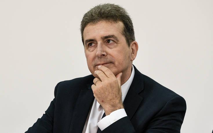 Χρυσοχοΐδης: Φέτος θα γιορτάσουμε το Πάσχα κλεισμένοι, αλλά υγιείς