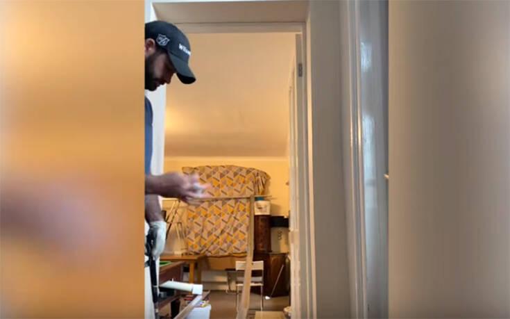 Βρετανός γκόλφερ βρήκε τρόπο να προπονείται μέσα στο σπίτι