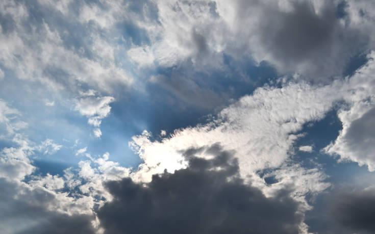 Αλλάζει ο καιρός από το Σάββατο: Έρχονται βροχές και καταιγίδες
