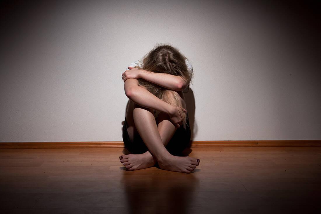 Η σκοτεινή πλευρά της καραντίνας: Ο κορονοϊός φέρνει έκρηξη της ενδοοικογενειακής βίας