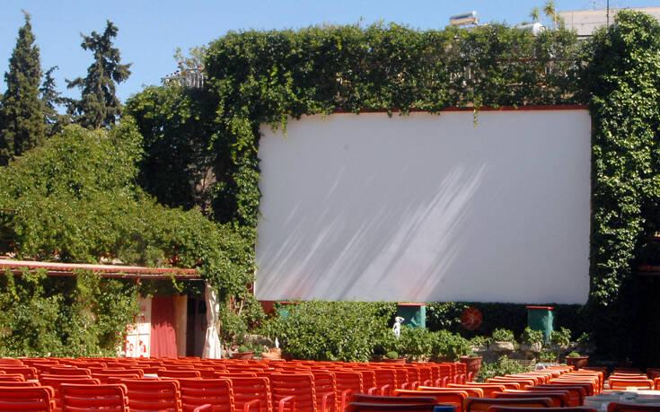 Ανοίγουν τη Δευτέρα τα θερινά σινεμά
