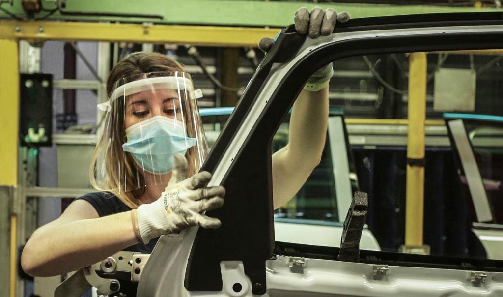 Οι γραμμές παραγωγής της Ford στην Ευρώπη ξεκίνησαν και πάλι τη λειτουργία τους