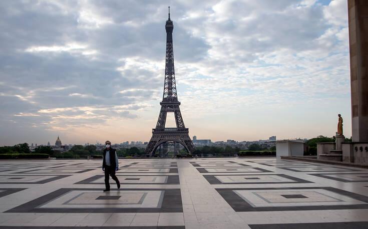 Σε χαμηλό δύο μηνών οι θάνατοι στη Γαλλία από κορονοϊό