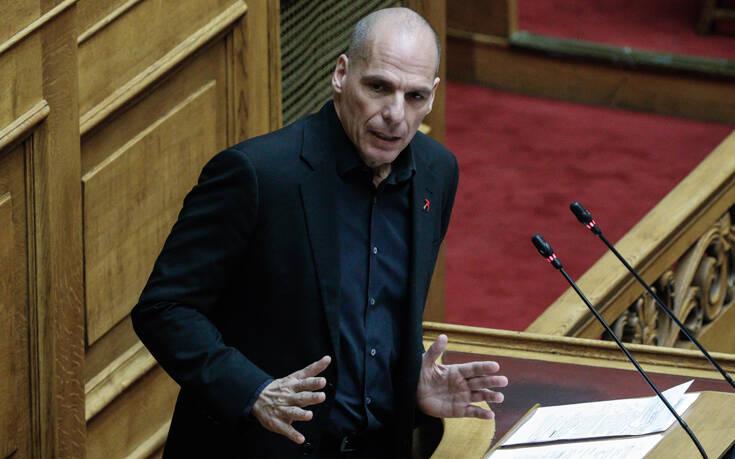 Βαρουφάκης: Αν είμαστε τυχεροί η ύφεση θα φτάσει στο 15%
