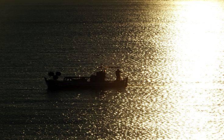 Ερώτηση βουλευτών ΣΥΡΙΖΑ για τη μη καταβολή αποζημίωσης σε συμπλοιοκτήτες αλιευτικών σκαφών