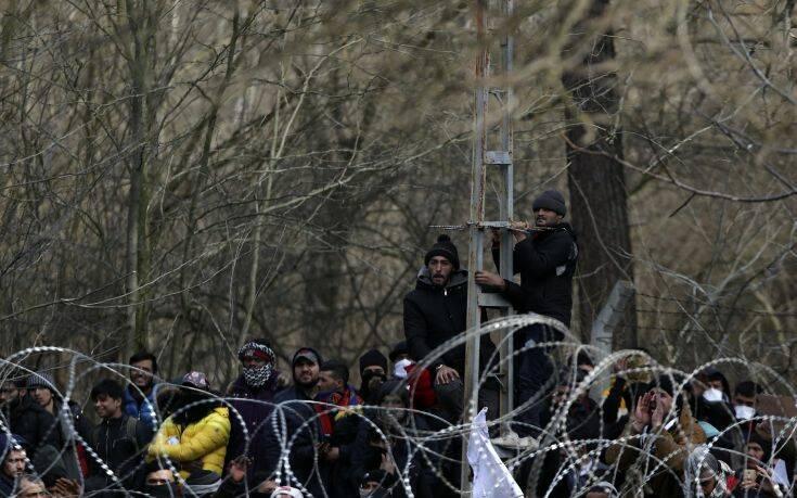 Ανδρουλάκης: Ο Ερντογάν εκβιάζει με τους πρόσφυγες και η Ευρώπη αγοράζει από σκάφη από την Τουρκία