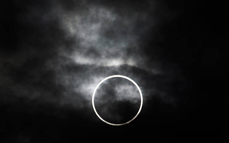 Τι είναι η δακτυλιοειδής έκλειψη Ηλίου – Ως μερική θα είναι ορατή από την Ελλάδα την Κυριακή