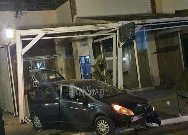 Κρήτη: Αυτοκίνητο έπεσε σε κατάστημα στον Πλατανιά