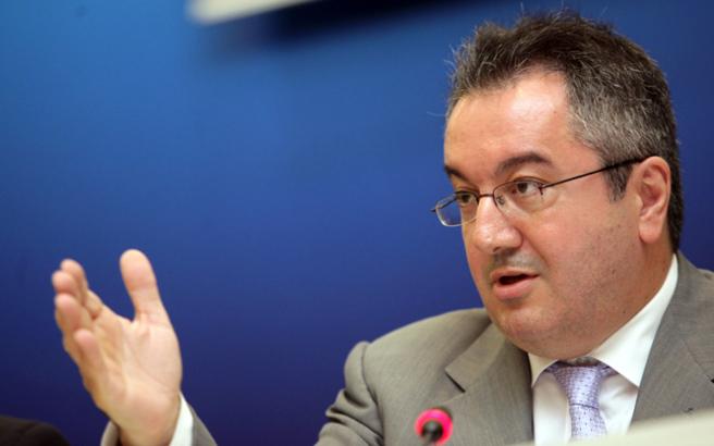Ηλίας Μόσιαλος: «Δεν χρειάζεται πανικός, αλλά εγρήγορση για τα 97 κρούσματα»