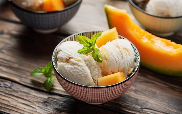 Σπιτικό παγωτό πεπόνι