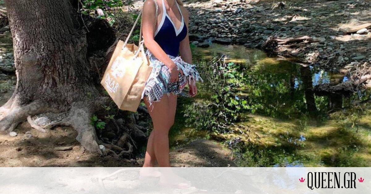 Η Ελένη Μενεγάκη φοράει το ίδιο μαγιό από economy brand για δεύτερη φορά