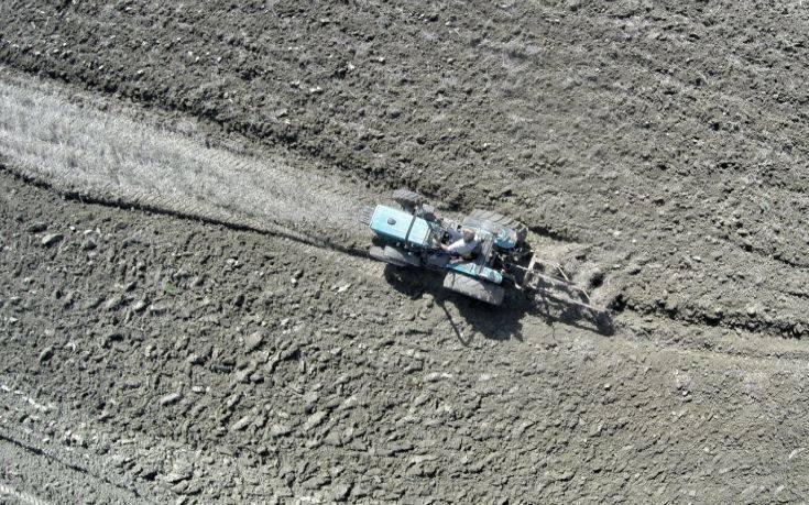 Με ένα «κλικ» η βεβαίωση επαγγελματία αγρότη
