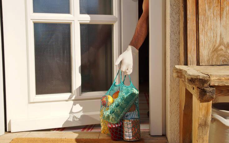 Οδηγίες ΕΦΕΤ για να τρώμε με ασφάλεια στο σπίτι – Τα 5 «κλειδιά» για τα τρόφιμα