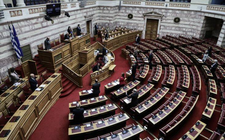 Αντιδράσεις της αντιπολίτευσης για τον αποκλεισμό της ΓΣΕΒΕΕ από ενημέρωση στη Βουλή