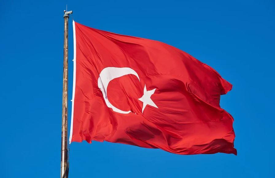 Τουρκία: Η Ελλάδα κάνει «συμμαχίες κακών» με Γαλλία και ΕΕ
