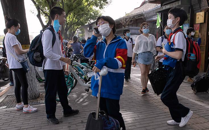 Συναγερμός στην Κίνα για νέο κύμα κορονοϊού: Κλείνουν όλα τα σχολεία και τα πανεπιστήμια στο Πεκίνο