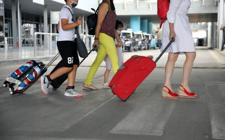 Μέχρι αύριο η λευκή λίστα για αερομεταφορές- Πρώτη η Ελλάδα σε αναζητήσεις αεροπορικών εισιτηρίων