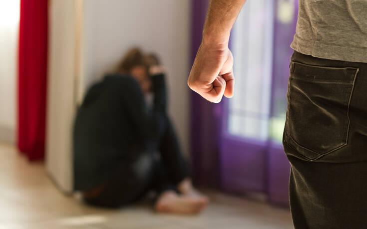 Στοιχεία που σοκάρουν για την Ελλάδα: Αύξηση των επιθέσεων κατά ΛΟΑΤΚΙ ατόμων