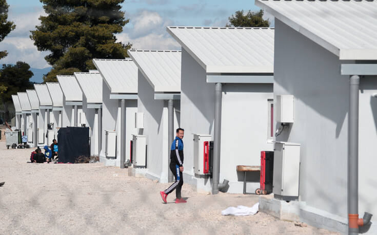 «Η προσπάθεια να βελτιωθεί η διαχείριση του μεταναστευτικού στην Ελλάδα αποδίδει αποτελέσματα»