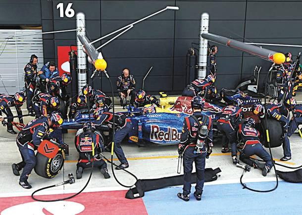 F1: Αλλαγή τεσσάρων ελαστικών σε λιγότερο από 3 δευτερόλεπτα