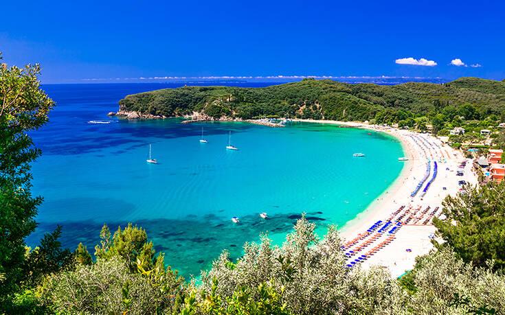 Η όμορφη παραλία της Πάργας