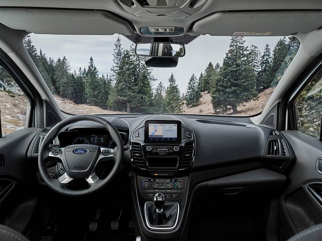 Νέα Ford Tourneo και Transit Connect Active για τους λάτρεις της περιπέτειας στην ύπαιθρο