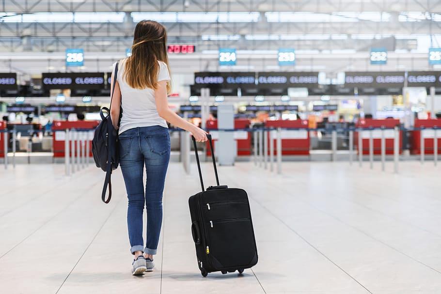 Κορωνοϊός: Αρνητικά τα πρώτα 250 τεστ που έγιναν σε τουρίστες στα αεροδρόμια