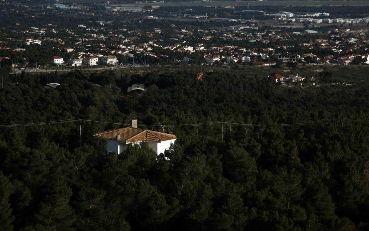 Οι βασικοί άξονες του υπουργείου Περιβάλλοντος για τον περιορισμό της άναρχης εκτός σχεδίου δόμησης