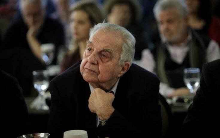 Φλαμπουράρης: Η ύφεση θα οξυνθεί – Ο κόσμος θα αρχίσει να αντιδρά στις κυβερνητικές πολιτικές