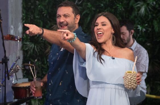 Η Ναταλία Δραγούμη και ο Μιχάλης Μαρίνος αποχαιρετούν τη σεζόν με ένα καλοκαιρινό πάρτι (trailer)