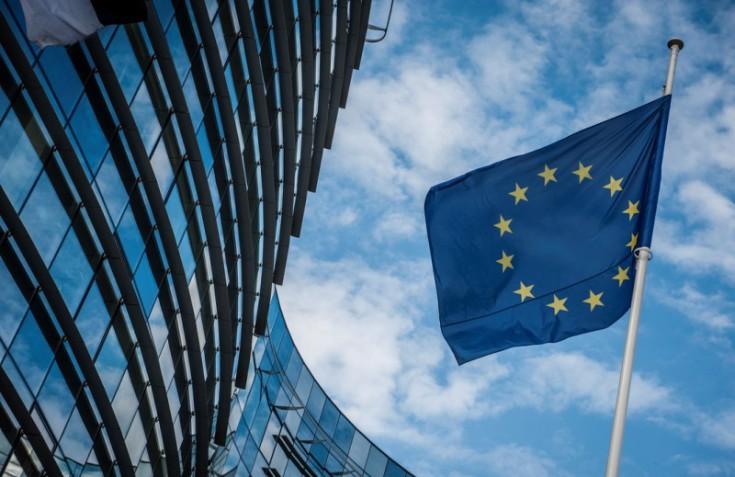 Την επιτάχυνση της υλοποίησης των επενδυτικών σχεδίων θέλει η Ευρωπαϊκή Επιτροπή