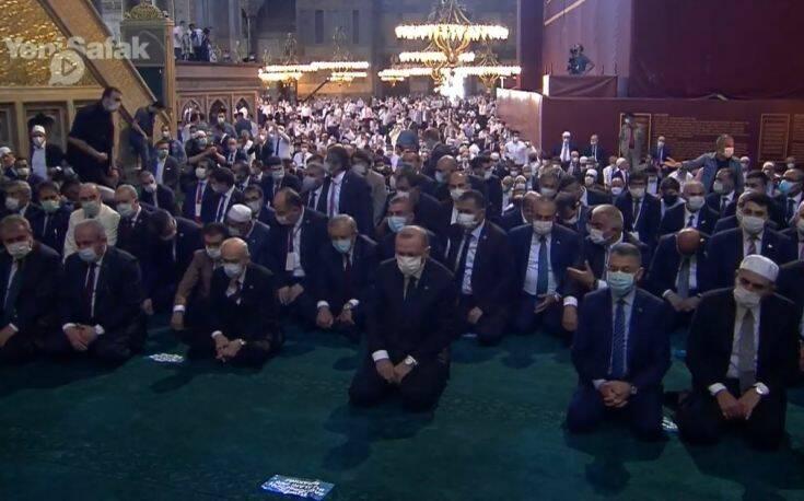 Η Αγιά Σοφιά είναι και επίσημα τζαμί: Κύμα αντιδράσεων από την Αθήνα για τη φιέστα Ερντογάν – Νέα παρέμβαση από ΗΠΑ