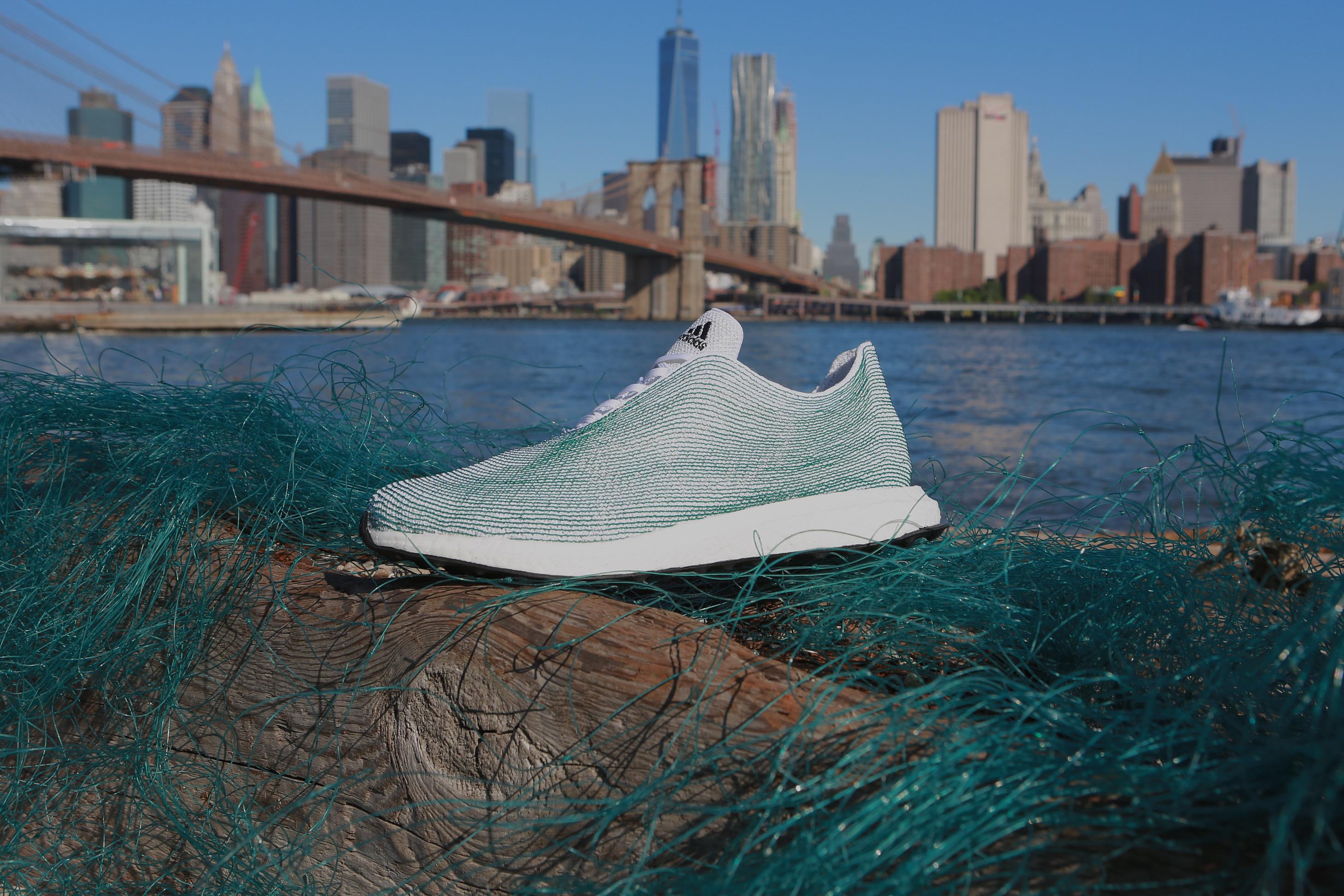 Αdidas και Parley For The Oceans δεσμεύονται για έναν κόσμο χωρίς πλαστικά