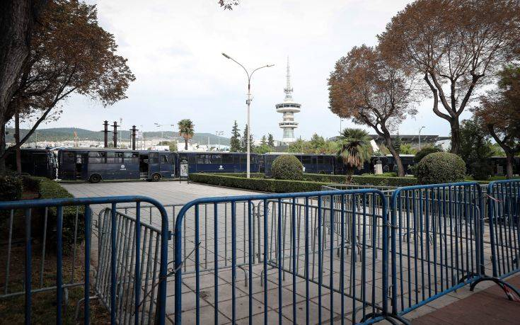 Κορονοϊός: Ωράριο στα μπαρ στη Θεσσαλονίκη και ανοιχτά όλα για τη ΔΕΘ