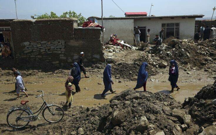 Αφγανιστάν: Περίπου 160 νεκροί από τις ξαφνικές πλημμύρες στα βόρεια τμήματα της χώρας