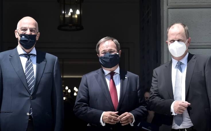 Πρωθυπουργός Βόρειας Ρηνανίας – Βεστφαλίας: Δεν έκανα τεστ για τον κορονοϊό επειδή η Ελλάδα δεν ανήκει στις περιοχές κινδύνου