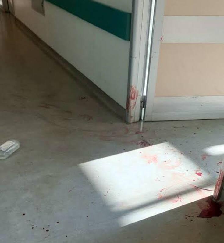 Σοκάρουν οι φωτογραφίες από το Αττικόν: Ένας νεκρός, μία τραυματίας και αίματα παντού