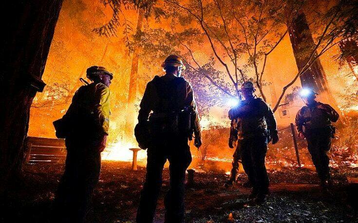 Η Καλιφόρνια καίγεται – Πάνω από 1 εκατομμύριο στρέμματα έχουν γίνει στάχτη