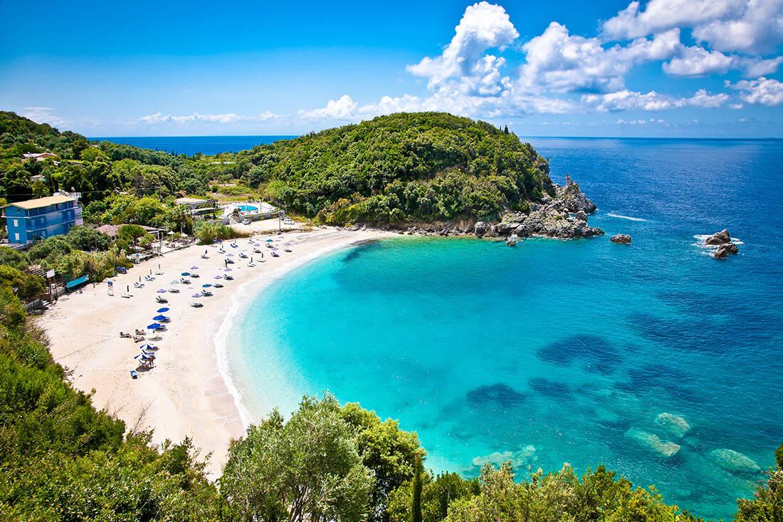 Παραδεισένιες ελληνικές παραλίες που ήταν άλλοτε ορμητήρια πειρατών