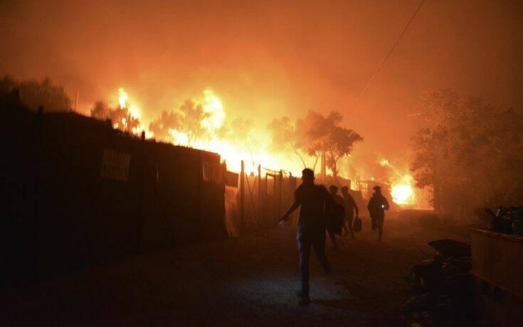 Ο κορονοϊός «καίει» τη Μόρια: Εκτός ελέγχου η κατάσταση