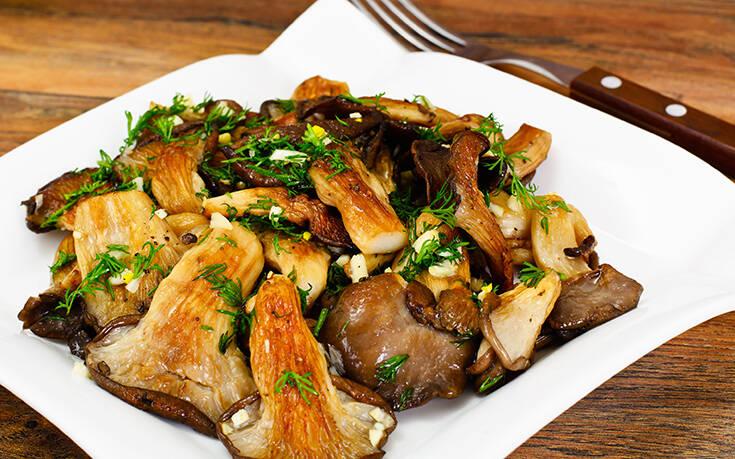 Ψητά μανιτάρια πλευρώτους με σκόρδο και βαλσάμικο