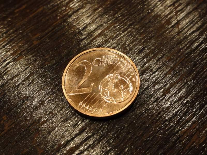 Ευρώ: Τίτλοι τέλους για τα νομίσματα του 1 και 2 λεπτών;