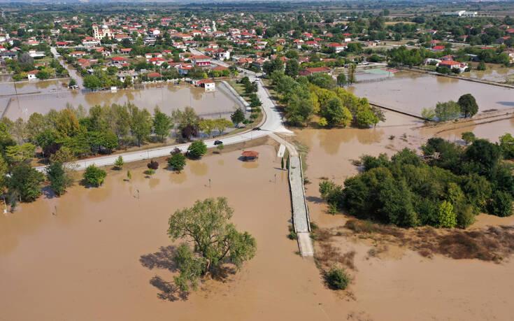 Κακοκαιρία «Ιανός»: Επιχορηγήσεις ύψους 37 εκατ. ευρώ για τις περιοχές που έπληξε το φαινόμενο
