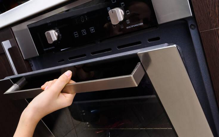 Πόσο συχνά πρέπει να καθαρίζετε τον φούρνο σας