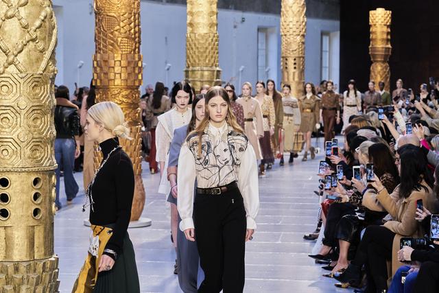 Το Tik Tok διοργανώνει για πρώτη φορά τον δικό του Μήνα Μόδας