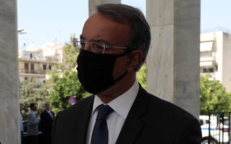 Σταϊκούρας: «Eτοιμοι να στηρίξουμε τις όποιες επιλογές κάνει η κυβέρνηση στις μάχες για την αντιμετώπιση του κορονοϊού»