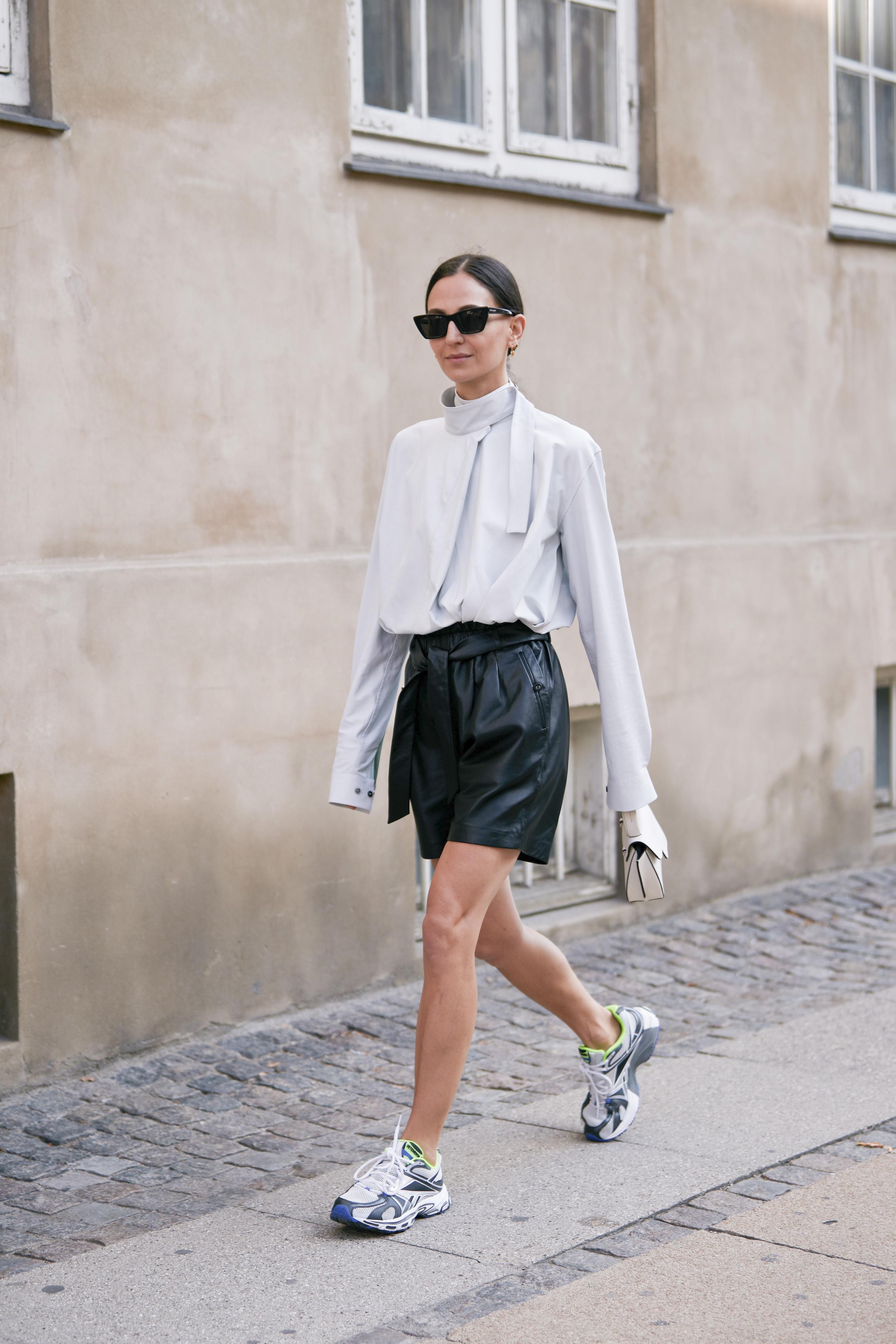Top Of The Tops: Τα μοναδικά στυλ μπλούζας που θα χρειαστείς αυτό το φθινόπωρο είναι απλά «κορυφαία»