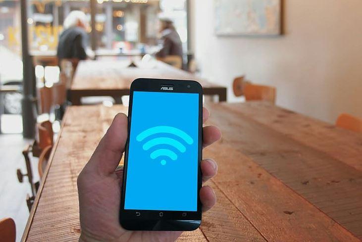 Πώς θα αποκτήσουν πρόσβαση στο διαδίκτυο με WiFi 2.500 περιοχές σε όλη τη χώρα
