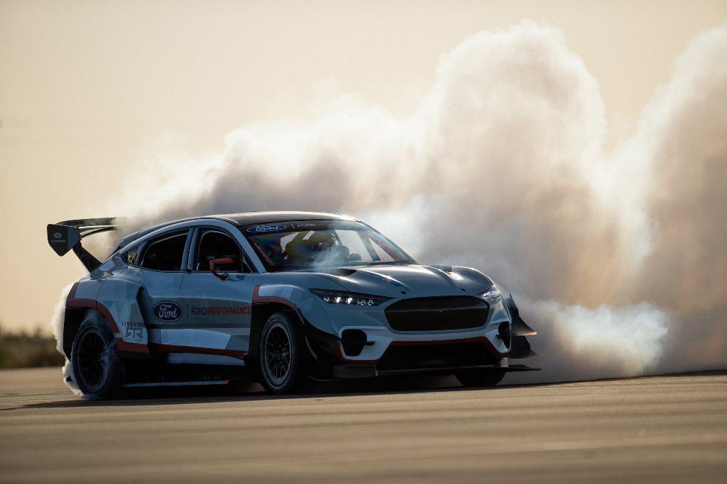 Εντυπωσίασε η Ford στο Goodwood SpeedWeek με το νέο Puma ST, τηνηλεκτρική Mustang Mach-E 1400 και το STARD Fiesta ERX